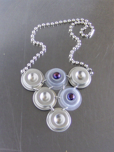 Triangle_w_pearls_EYE_collection_Globalcoolo