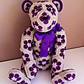 Lollo the african flower bear