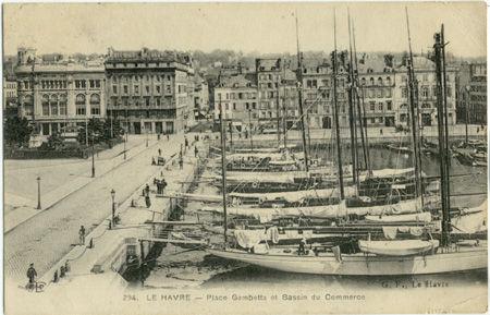 76 - LE HAVRE - Place Gambetta et bassin du commerce