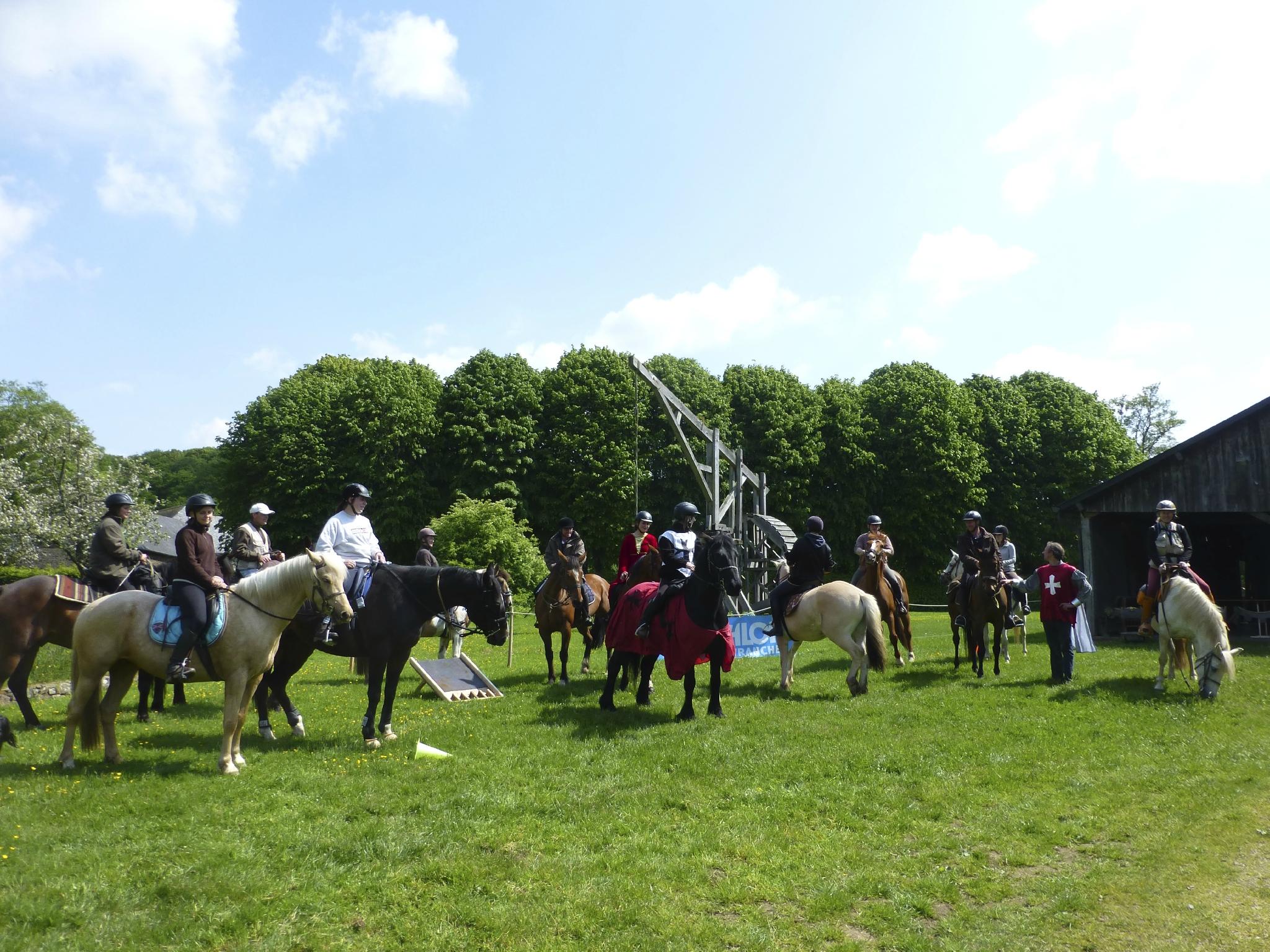 balade à cheval médiévale - Abbaye de Hambye (257)