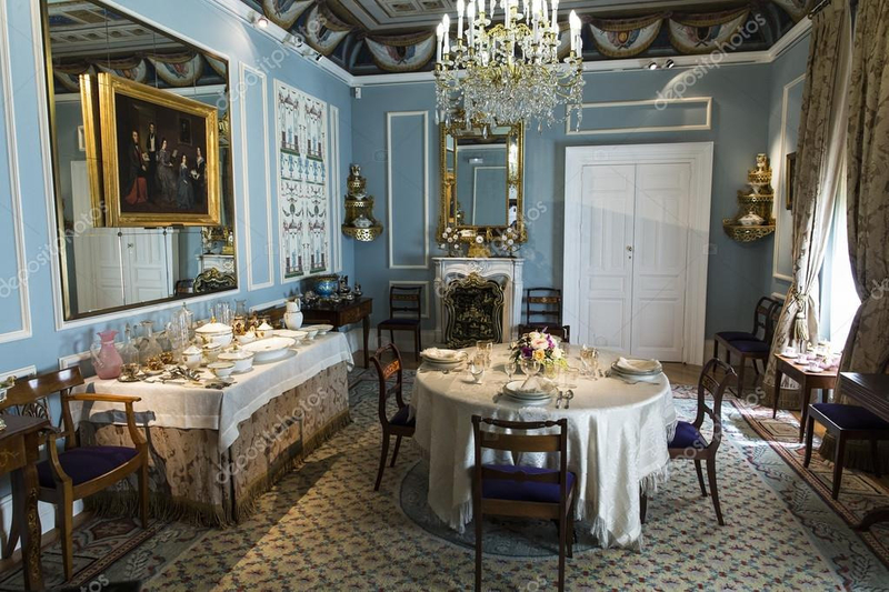 depositphotos-stock-photo-victorian-style-dining-room