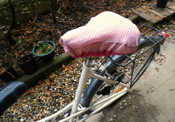 Housses selles de vélo en parapluie recyclé 1 Mars 2016