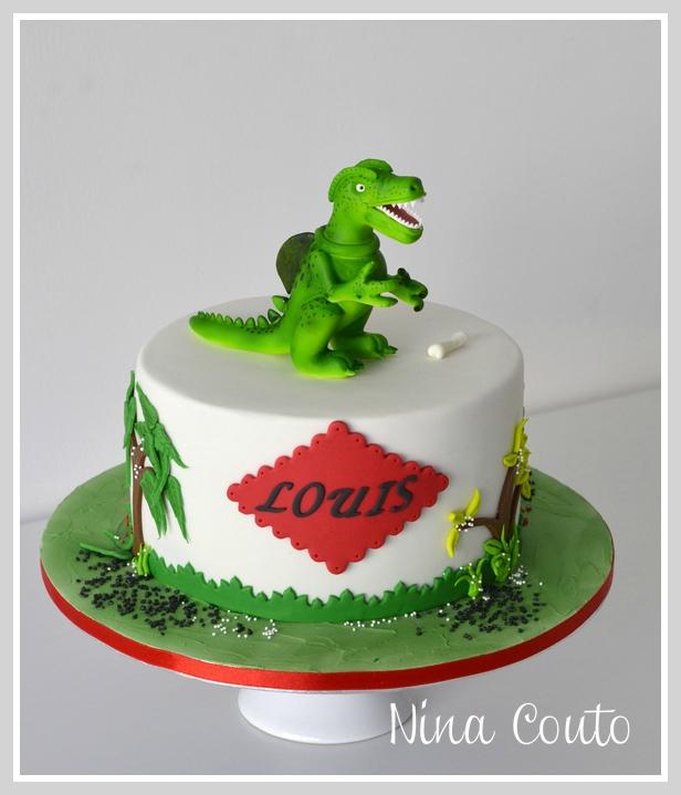 gateau anniversaire Nimes Dinosaure 1