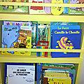 etagere_jaune_livres