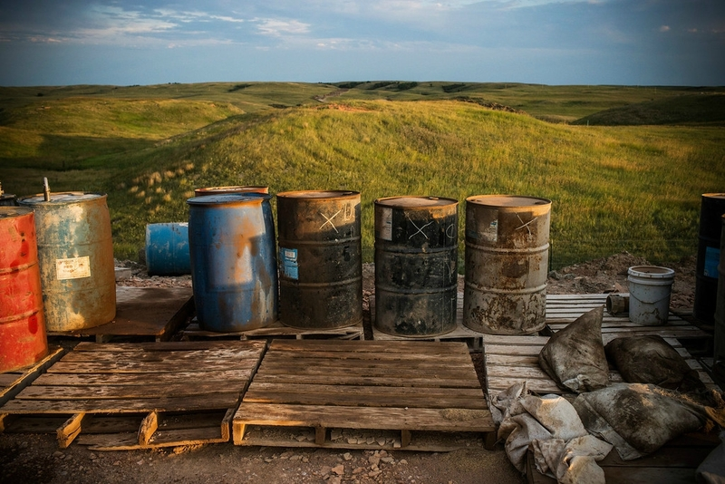 Photo-the-dark-side-North_Dakota_Oil_Drilling_005-XL