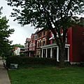 Louisville, kentucky : ses vieilles maisons, son pont, son bourbon.