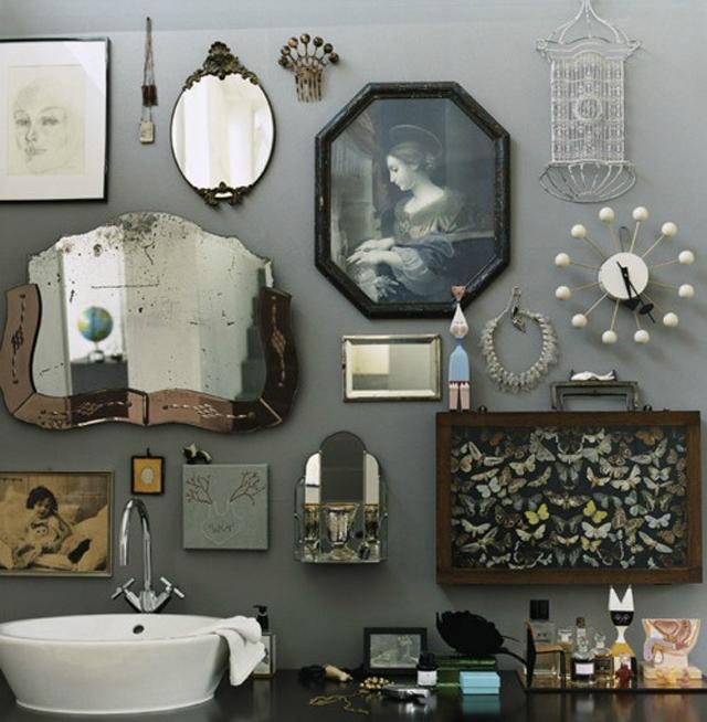 mur de miroir vintage
