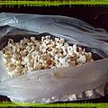 Noël rétro 2: des guirlandes alimentaires en pop-corn!