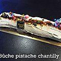 Buche pistache chantilly