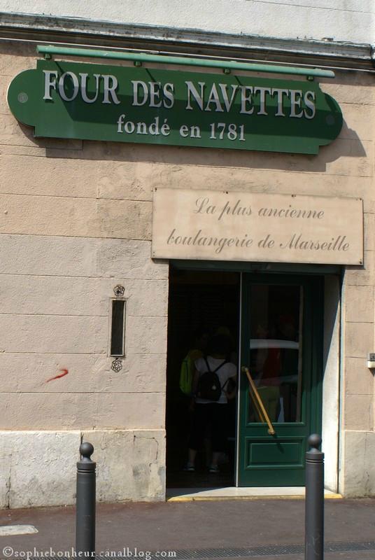 N Navettes