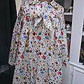 Ciré AGLAE en coton enduit Liberty Floral Eve fleuri fermé par un noeud dans le même tissu (5)