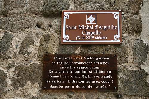 Rocher & chapelle St Michel d'Aiguilhe (24)