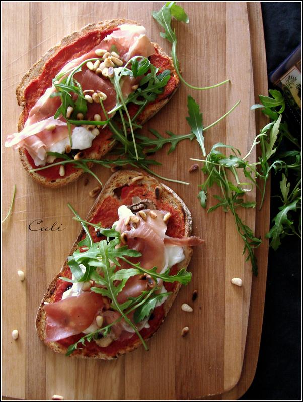 Bruschetta comme une Pizza, à la Burrata & Prosciutto di Parma 002