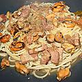 Spaghetti aux moules et poitrine de porc