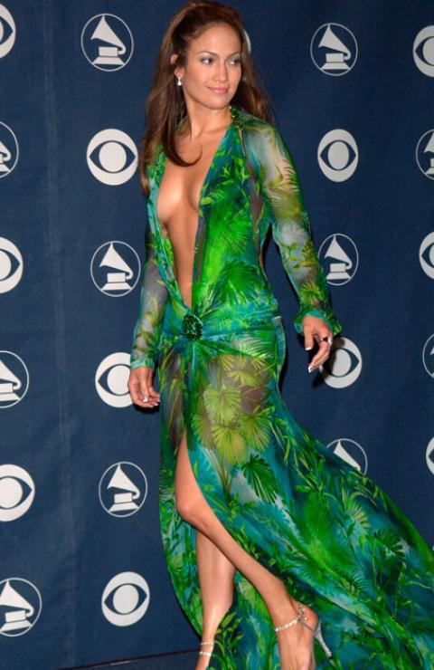 Robe verte Donatella Versace de Jennifer Lopez