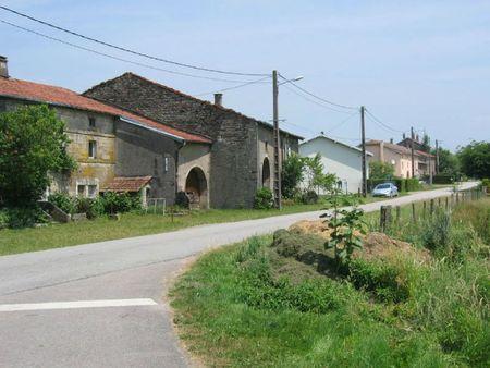Gruey-lès-Surance (32b)