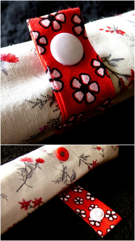 trousse roulée rouge fleurie1