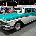 Ford 300 custom fairlane de 1957 (RegioMotoClassica 2010) 01