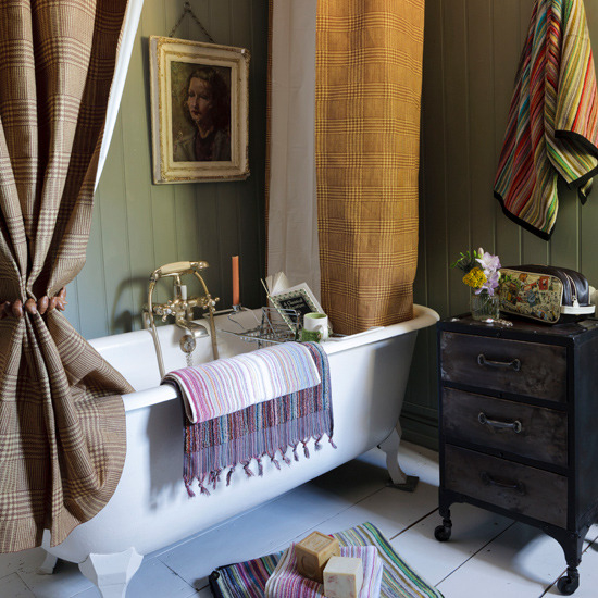 country-cottage-decor-country-homes-Interiors-bathroom