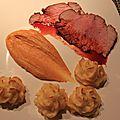 Filet mignon de porc laqué aux pommes duchesses et purée de potimarron au pain d'épices.