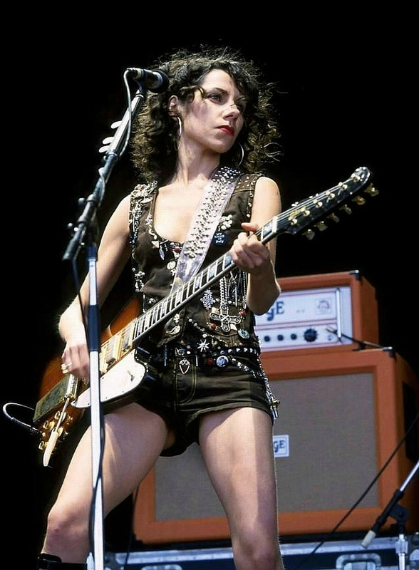 Pj Harvey Glastonbury Nude