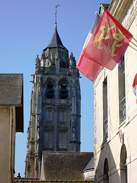 Mairie_de_Rugles_et_église_Saint-Germain