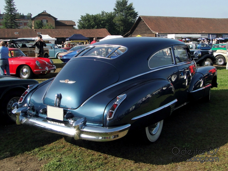 cadillac-62-club-coupe-1947-02