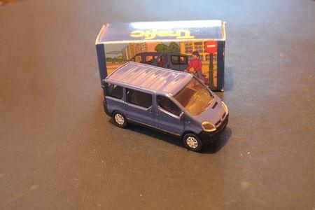 Renault_Trafic_02