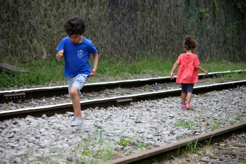 5-Clignancourt danse sur les rails (enfance)_9715
