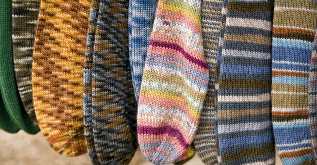 socks_stripes_wool_knitting_knit