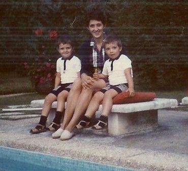 1970 -17 Juillet (à droite) avec François et leur maman