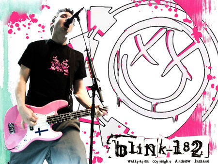 Mark_Hoppus_Wallpaper_2_by_BorN_2_DruM