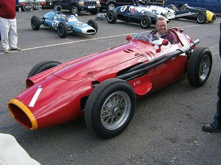 800px-Maserati_250F_Donington_2007