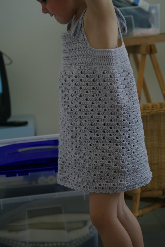 étrenner une robe taille 4 ans