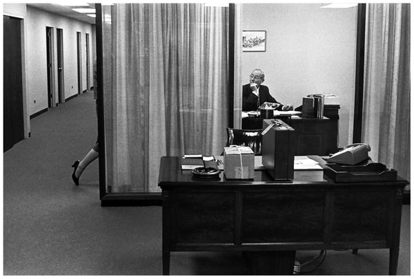 henri-cartier-bresson-bankers-trust-new-york-1960-b
