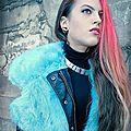 Diva in blue & red - marta - mode - 2012
