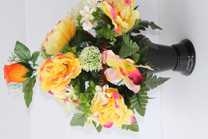 bouquet funéraire cône jaune et orange (3)