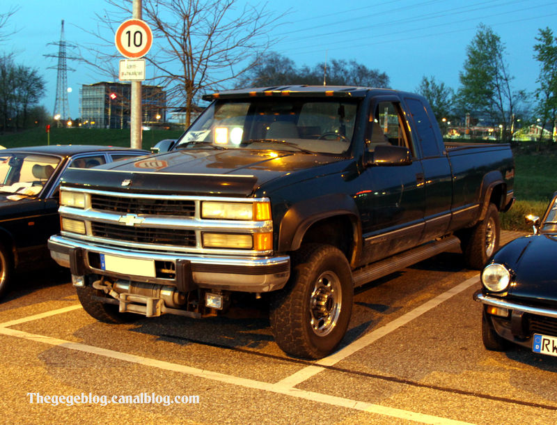 Chevrolet silverado 2500 pick up (Rencard Burger King avril 2011) 01