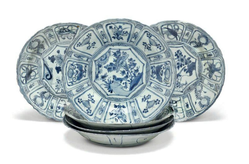 Six large 'Hatcher cargo' blue and white dishes, Transitional, mid-17th century