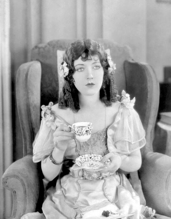 lights of marion davies