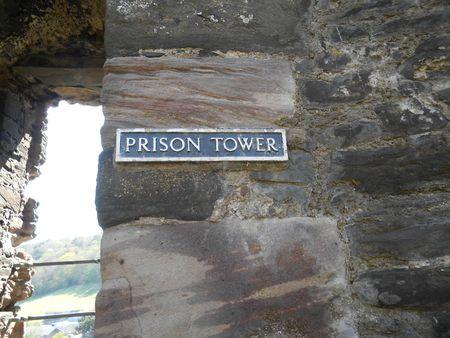 Tour prison