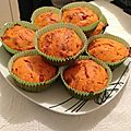 Muffins à la mimolette et tomacoulis basilic.