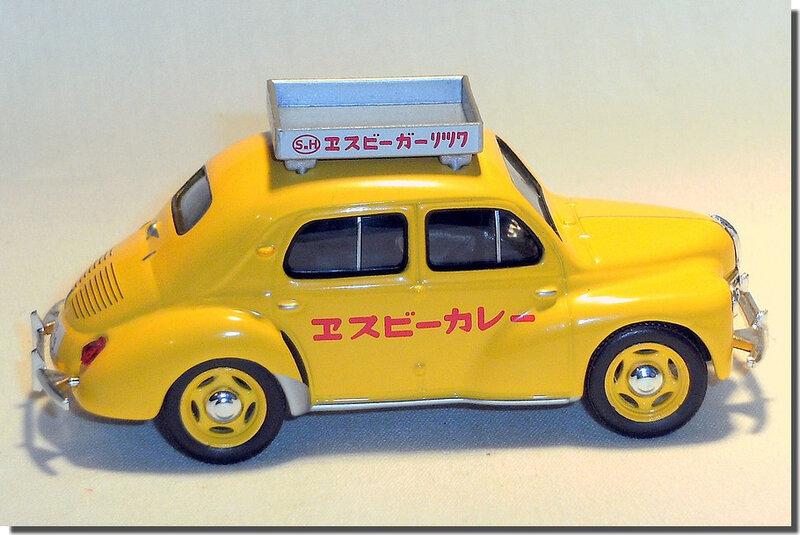 Renault 4cv Taxi Japon A 4