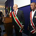 Le footballeur clarence seedorf décoré de la plus grande distinction dans son pays d'origine