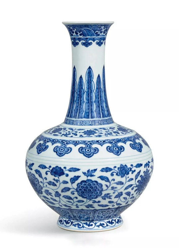 A fineblue and white bottle vase, Seal mark and period of Qianlong (1736-1795)