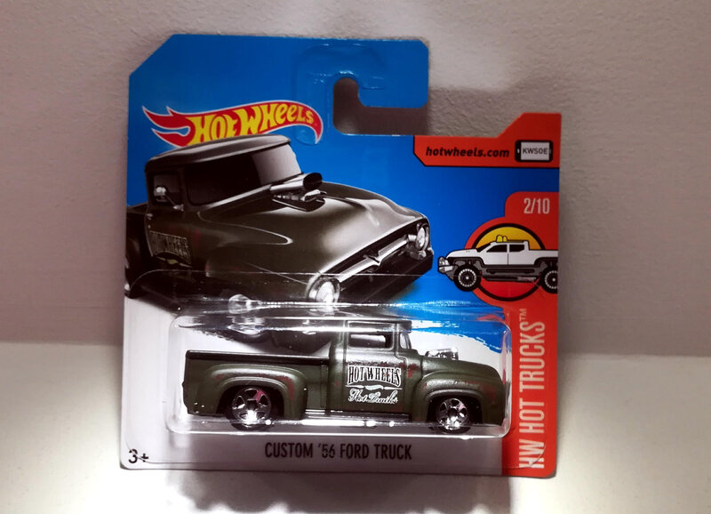 Ford Truck Custom de 1956 (Hotwheels 2017) 01