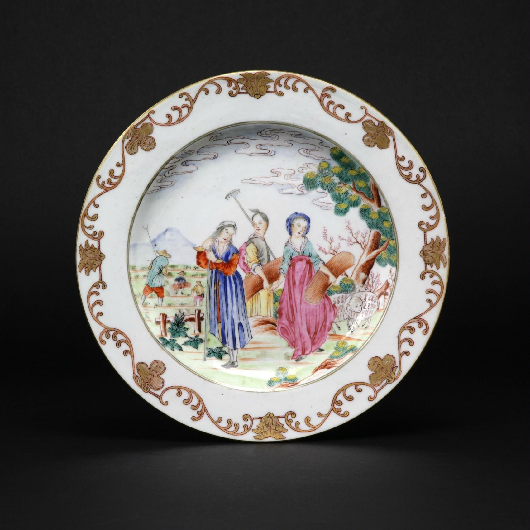 Chinese export porcelain european subject famille rose di