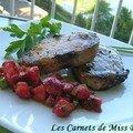 Côtelette de porc marinée et sa salsa de fraises, sans gluten et sans lactose
