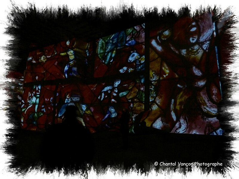 Carrieres_Lumiere_Chagall_07