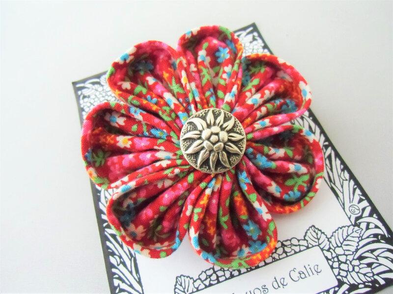 Broche fleur kanzashi ANNETTE les yoyos de calie 5